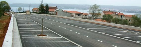 Javno parkiralište, Port